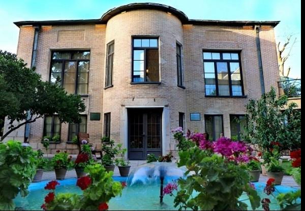 هتل خانه باغ ایرانی